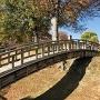 堀に架かる橋