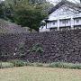 鶴の丸石垣