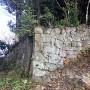 石門の東側(山側)部分