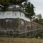 西南隅櫓と外堀