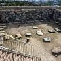 高松城 天守台 田の字状の礎石と掘立柱跡
