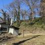 南側土塁(三嶋神社下)