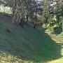 本丸跡~二の丸跡の大空堀