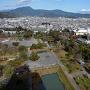 静岡県庁別館展望ロビーから駿府城全景を望む
