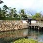 旭橋と旭門(南東側)