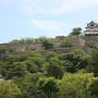 60mの石垣上の天守