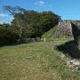 三の丸、人質櫓跡、本丸の石垣