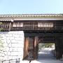 松山城の隠門(重要文化財)