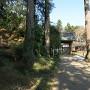 福正寺の山門両脇の土塁
