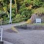 浅間神社西隣の駐車スペース