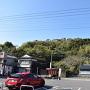 駐車場から見た高城址
