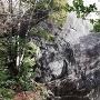 圧巻の巨岩