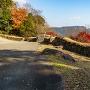 三の丸の石垣と大岩扇山
