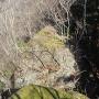 牛首峠石門の岩盤上部(西側から)