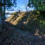 本丸南側の堀と切岸