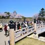 桜門橋と大手門(改修前)[提供:姫路市]