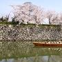 濠を行く和船[提供:姫路市]