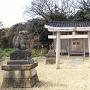 藩邸跡にある稲荷神社
