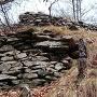 鷲尾城虎口前を固める石積