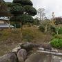櫓台跡と土塁