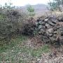 矢沢城本郭の石積み