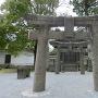天守閣横の神社