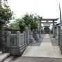 城井宇都宮一族13人を供養した宇賀神社