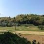 向根古谷方面から見た根小屋ほか城址