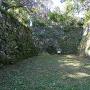 平成4年に修復された石積み(北の丸下)