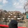 工事中の天守台と堀