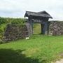 本丸枡形門と石垣