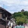 城下町から望む犬山城