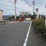 主水橋を臨む街道
