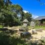 礎石建物跡と景行神社