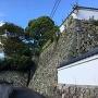御根小屋西側石垣