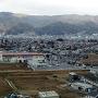 主郭からの眺望(正面:上原城、左:桑原城)