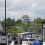 駅前交差点から観た天守