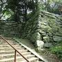 西坂口登城口に残る石垣其の四