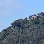 玉蔵橋から苗木城天守展望台を望む