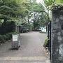 水生植物園入口<35.666391,139.551279>