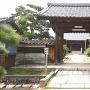 来迎寺に移築されている本丸の中門