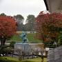 東大手門から見る最上義光銅像