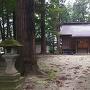 新山神社本堂