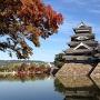 秋の松本城