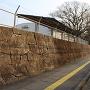柁城小学校(西の丸跡)の石垣
