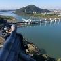 犬山城天守から見た木曽川とライン大橋・伊木山城