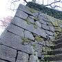 天守台と石段