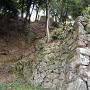 三重櫓下の登り石垣