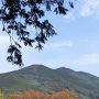 井伊谷城より三岳城跡を望む