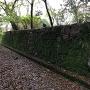 長屋門東側の石垣